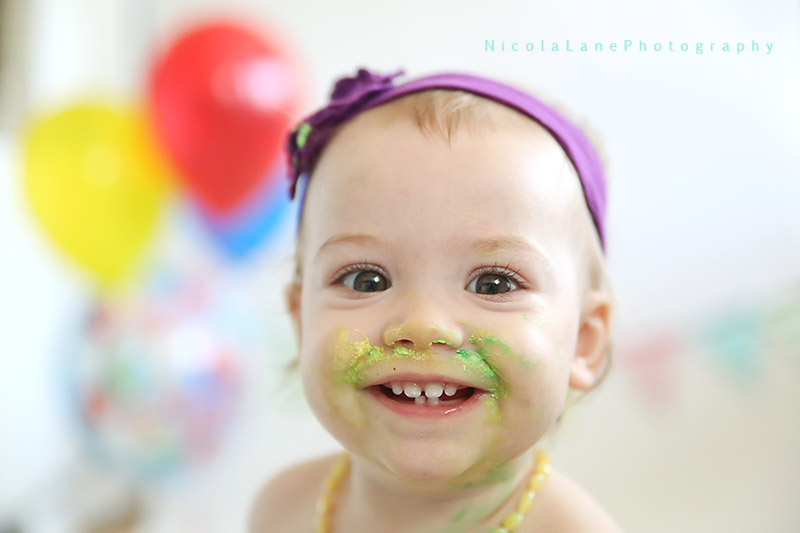 Nicola Lane Photography, cake smash with big smiles